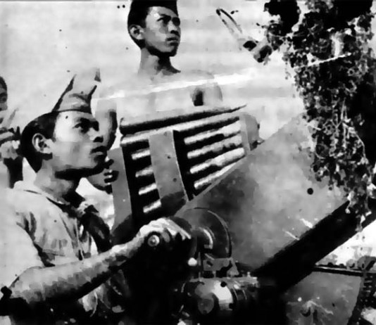 Perlawan bangsa Indonesia terhadap kaum penjajah di Surabaya/Foto: Dok. Resmi.