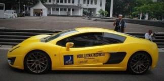 Mobil listrik sport Selo melaju saat uji coba kendaraan massal berbasis listrik di Balai Kota Bandung, Selasa, 26 November 2013/Foto nusantaranews via tempo