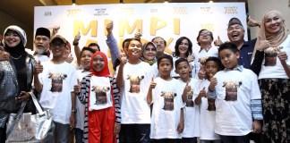 Foto bersama usai peluncuran film mimpi anak pulau/Foto nusantaranews (Fadilah)