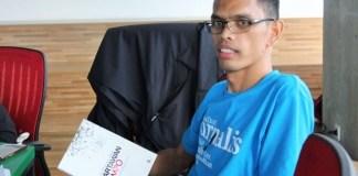 Tongam Sinambela, seorang dosen yang ingin menjadi jurnalis. Foto:Andika/Nusantaranews
