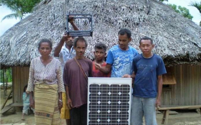 PLTS Off-Grid Terangi Kampung Kocu As, Papua Barat/Foto: housing-estate.com