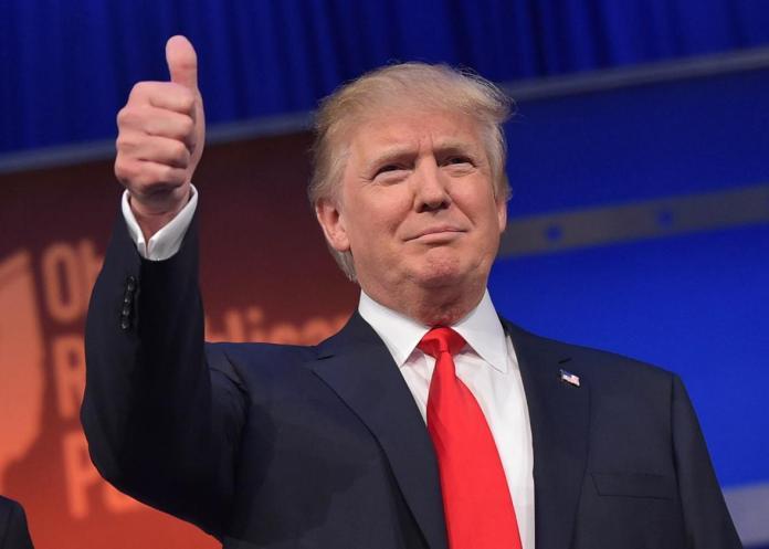 Donald Trump dari partai Republik. Foto via Slate