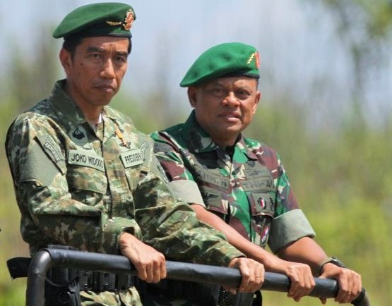 Presiden RI Joko Widodo bersama Panglima TNI Jenderal TNI Gatot Nurmanto/Foto: dok. Antara