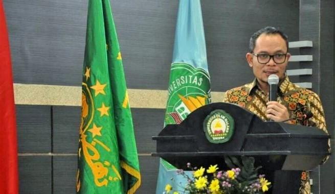 Menaker M. Hanif Dhakiri saat sambutan di acara Dies Natalies ke 36 Universitas Islam Malang di UNISMA, Kamis (17/11/2016)/Foto Istimewa/Humas Kemnaker