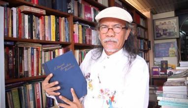 Jose Rizal Manua di Galeri Buku Bengkel Deklamasi-TIM/Foto: VIVA.co.id