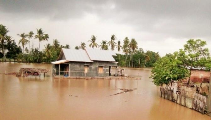 Banjir di Bima, Nusa Tenggara Barat, Rabu (21/12)/Foto via Republika Online