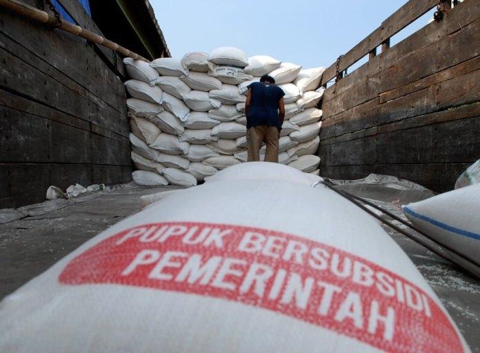 Pupuk Bersubsidi. foto via sinarharapan