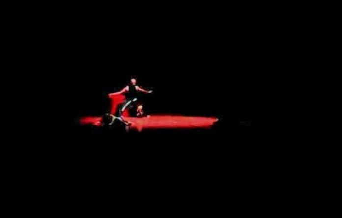 Solo 24 Jam menari 2015 Dance Kontenporer