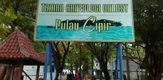 Pintu Masuk Pulau Cipir/Foto Nur Arfie K