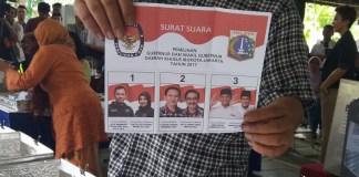 Penghitungan Suara di TPS Agus Yudhyono, Nama Paslon Anies-Sandi Keluar Pertama Kali/Foto Fadilah / NUSANTARAnews