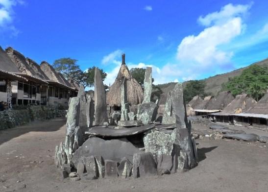 Situs Megalitikum di Desa Bena/Foto via Zee Jamur/Nusantaranews