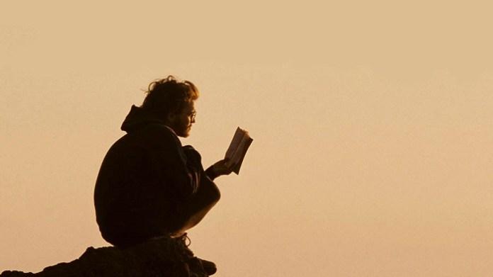 Salah satu adegan dalam film Into the Wild (2007)   Mubi