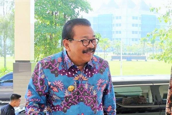4 Gubernur Jawa Timur hadiri diskusi percepatan swasembada tanaman jagung dan pembangunan Madura di UTM. Foto Tri Wahyudi