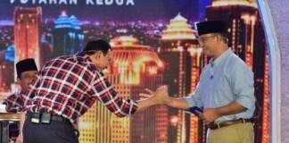 Debat Final pilkada DKI, Ahok dan Anies bersalaman/foto Istimewa/Nusantaranews