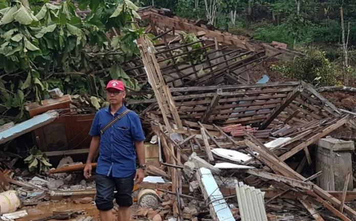 Wakil Ketua E DPRD Jatim Saat Meninjau Lokasi Tanah Longsor Desa Banaran, Ponorogo/Foto Muh Nurcholis/Nusantaranews