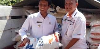 Bupati Amin Said Husni dan Kepala Sub Divre Bulog Bondowoso/Foto Dok. Pribadi/Nusantaranews
