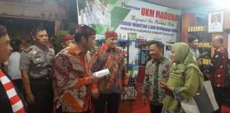 H. Abraham Lunggana atau H Lulung bersama pengusaha Madura di Jakarta saat Pameran. Foto Adi GS