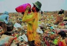 Pemulung di Lembang. Foto/Ilustrasi: Detikcom