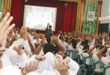 Dandim 0824 Ajak Mahasiswa Untuk Mampu Menjadikan Dirinya Agen Perubahan Dalam Menjaga Keutuhan Dan Kedaulatan NKRI. (Teks dan Foto: Sis24/ NusantaraNews.co)
