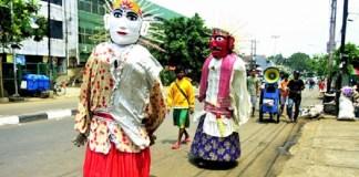 Pengamen Ondel-Ondel merajalela di Jakarta. Foto: Dok. Kompasiana