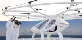 Kendaraan yang didesain tanpa awak dan diujicobakan perdana dalam sebuah upacara yang dibuat untuk Putera Mahkota Dubai Sheikh Hamdan bin Muhammed. Foto: Dok. Reuters