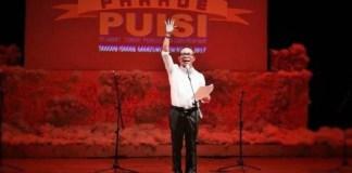 Semarakkan Parade Puisi HPI 2017, Menaker Bacakan Puisi karya Soekarno. Foto: Dok. HPI 2017/Istimewa