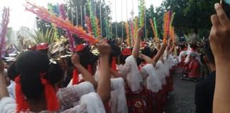 Tari Lenggang Nyai Sambut Kedatangan Anies-Sandi. Foto Restu Fadilah/ NusantaraNews