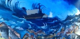Lukisan Tsnami Aceh menerjang rumah-rumah. Foto Crop: NNCart