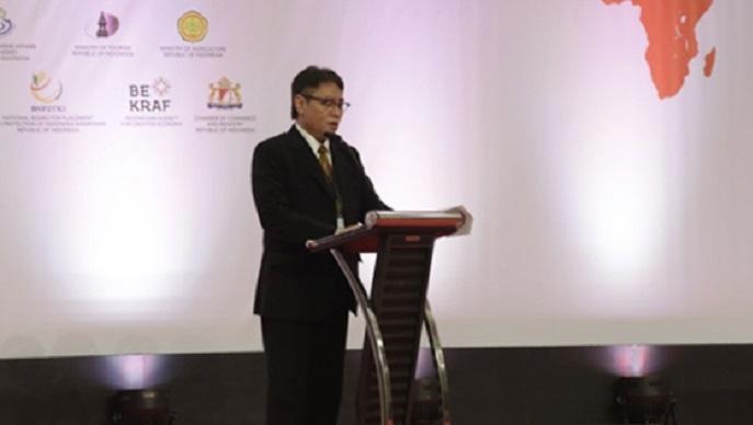 Direktur Jenderal Perundingan Perdagangan Internasional Imam Pambagyo berikan sambutan sekaligus buka Seminar TTI pada rangkaian kegiatan di ICE BSD, Tangerang, Kamis (12/10). Foto Istimewa/Kemendag