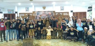 Foto Bersama: Semarak Bulan Bahasa dan Sumpah Pemuda by BCCF. Foto: Dok. BCCF Fotografi/ NusantaraNews