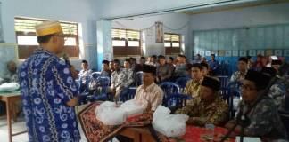Reses Wakil Ketua Komisi E DPRD Jatim dari Fraksi PAN, Suli Daim ke MTs/MA Muhammadiyah 7 Bungkal, Kabupaten Ponorogo, Jatim, Minggu (26/11). Foto: Much Nurcholis/NUSANTARANEWS