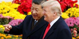 Presiden Amerika Serikat Donald Trump dan Presiden China Xi Jinping. Foto: Thomas Peter/Reuters