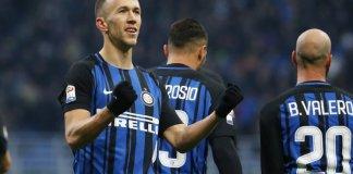 Ivan Perisic tak terbentuk saat Inter melawan Chievo Verona. Foto: AP/Antonio Calanni