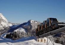 Kereta Api Jalur Tercuram di Swiss (Foto Rueters)