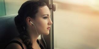 Aman Atau Tidak Menggunakan Earphone?. Foto: Dok. Metro