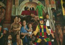 Lukisan si badut bikin onar jadi primadona pameran. Pada lukisan ini terdapat pasangan Presiden Joko Widodo yang bergandengan tangan dengan wakilnya Jusuf Kalla di atas singgasana. Foto: Dok. Merdeka.com
