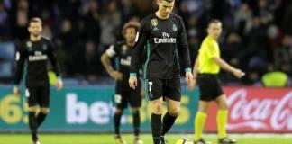 Pemain Real Madrid Cristiano Ronaldo tengah tertunduk lesu (Foto Getty)