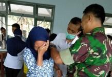 Dinas Kesehatan dan Puskesmas Pagerwojo menggelar imunisasi difteri. (Foto: Istimewa)Dinas Kesehatan dan Puskesmas Pagerwojo menggelar imunisasi difteri. (Foto: Istimewa)