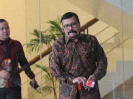 Aktor kawakan tanah air Leroy Osman di Gedung KPK, Jakarta.