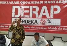 Tokoh Aktivis '98, Aznil saat menyampaikan pidato politik pada acara deklarasi Ormas DERAP (Merdeka Seratus Persen) di Warung Kopi Politik Pakubowono, Jakarta Selatan (22/3/2018). (FOTO: NUSANTARANEWS.CO/Istimewa)