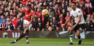 Marcus Rashford pencetak dua gol ke gawang Liverpool dalam Liga Primer Inggris, Sabtu (10/3/) malam WIB. (Foto: AFP)