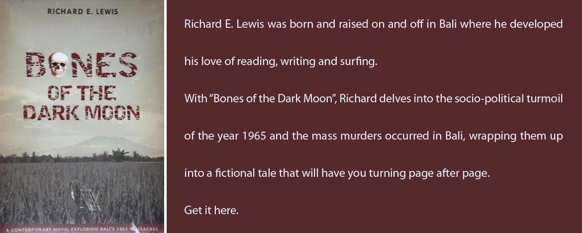 Bones of the Dark Moon, oleh Richard E. Lewis