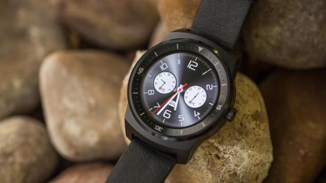 ساعة إل جي الذكية LG Smart Watch