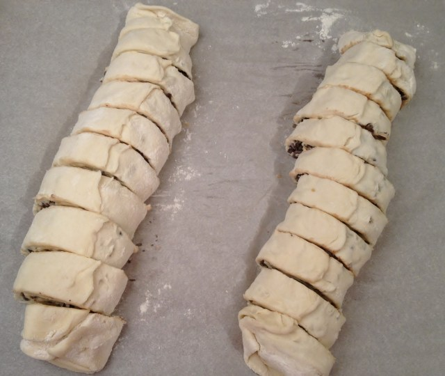 Sliced Puff Pastry cookie rolls.