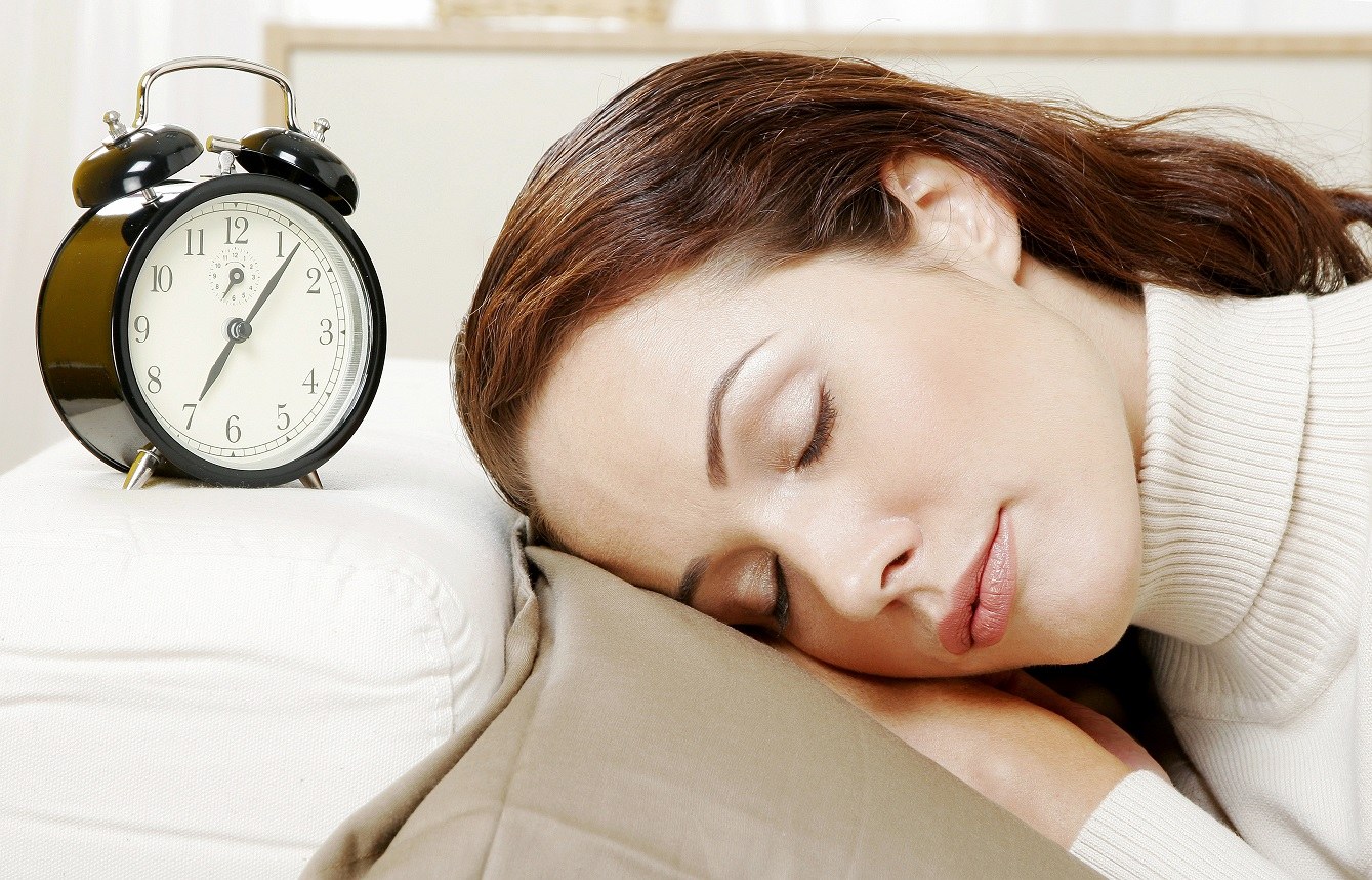 woman-sleeping-in-front-of-a-watch