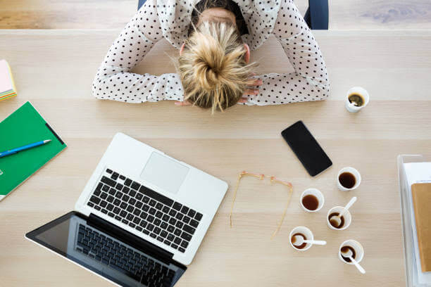 """""""ON WORLD HEALTH DAY""""- Alert for caffeine lovers What Is a Caffeine Crash? How to Avoid It.."""