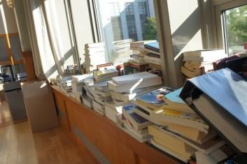 Leisure books, academic books, textbooks! We got them all