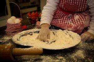 enfant pâtisserie