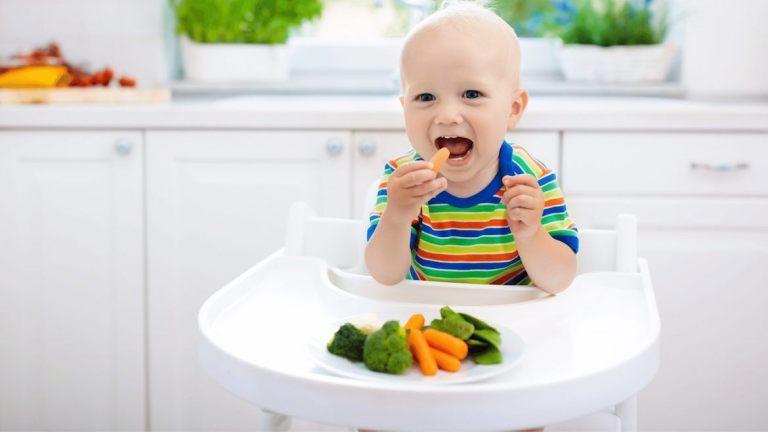 approche DME - diversification alimentaire menée par l'enfant