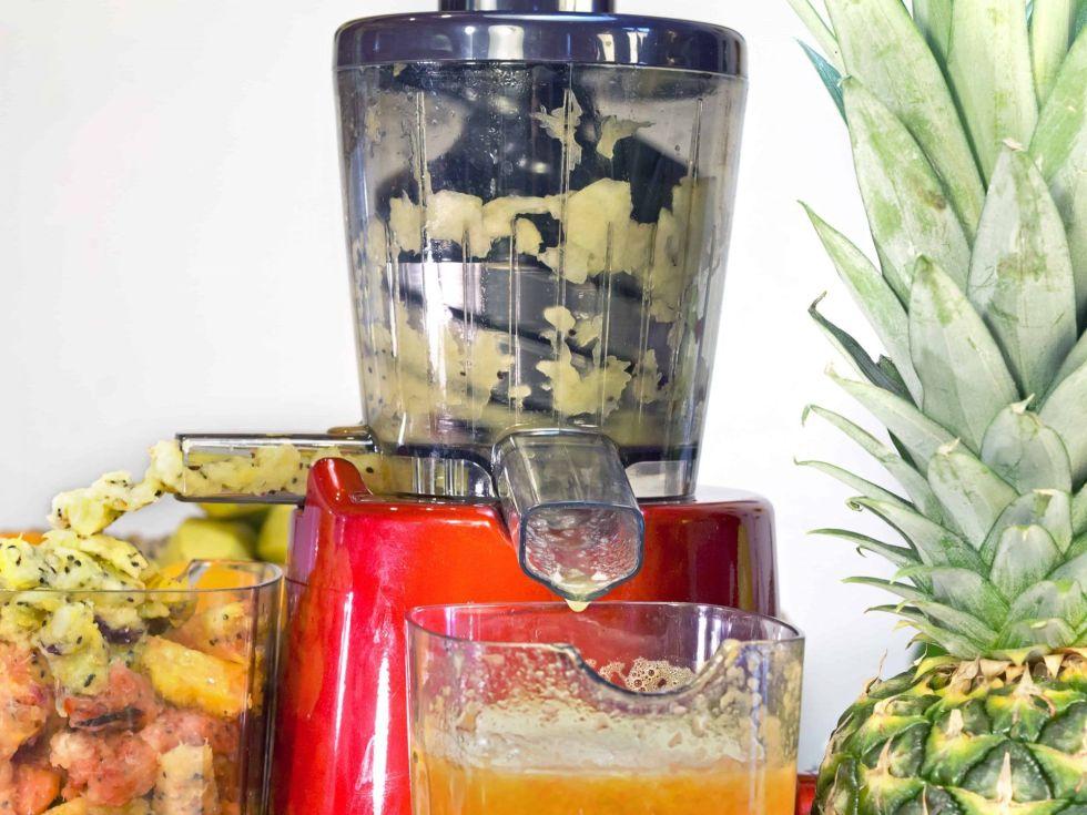 Juicer juicing
